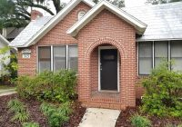 315 SW 12th St. Great 4/2 one block from Norman Hall